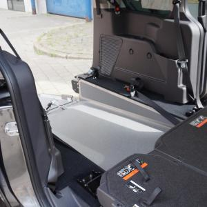 Ford-Tourneo-Connect-Bodemverlaging-Bodemverlaging-interieur