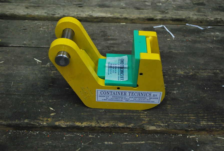 TPH Lifting clamp for tubes